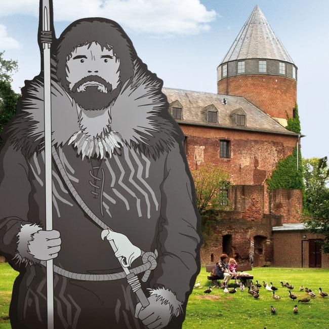 Im Vordergrund steht die Figur eines Eiszeitjägers, dahinter sieht man die Burg Brüggen.